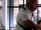 Dexter photo 5 (episode s01e02)