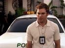 Dexter photo 8 (episode s01e02)